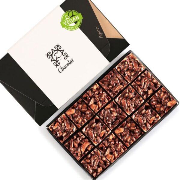 almond and dark chocolate vegan snacks